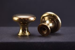 2 Antique Solid Brass Cabinet Knobs 1