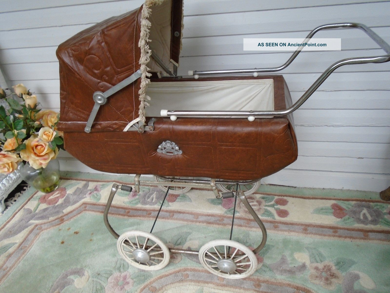 Vintage Mid Century 1950 Coronet Doll Carriage Baby Carriages & Buggies photo