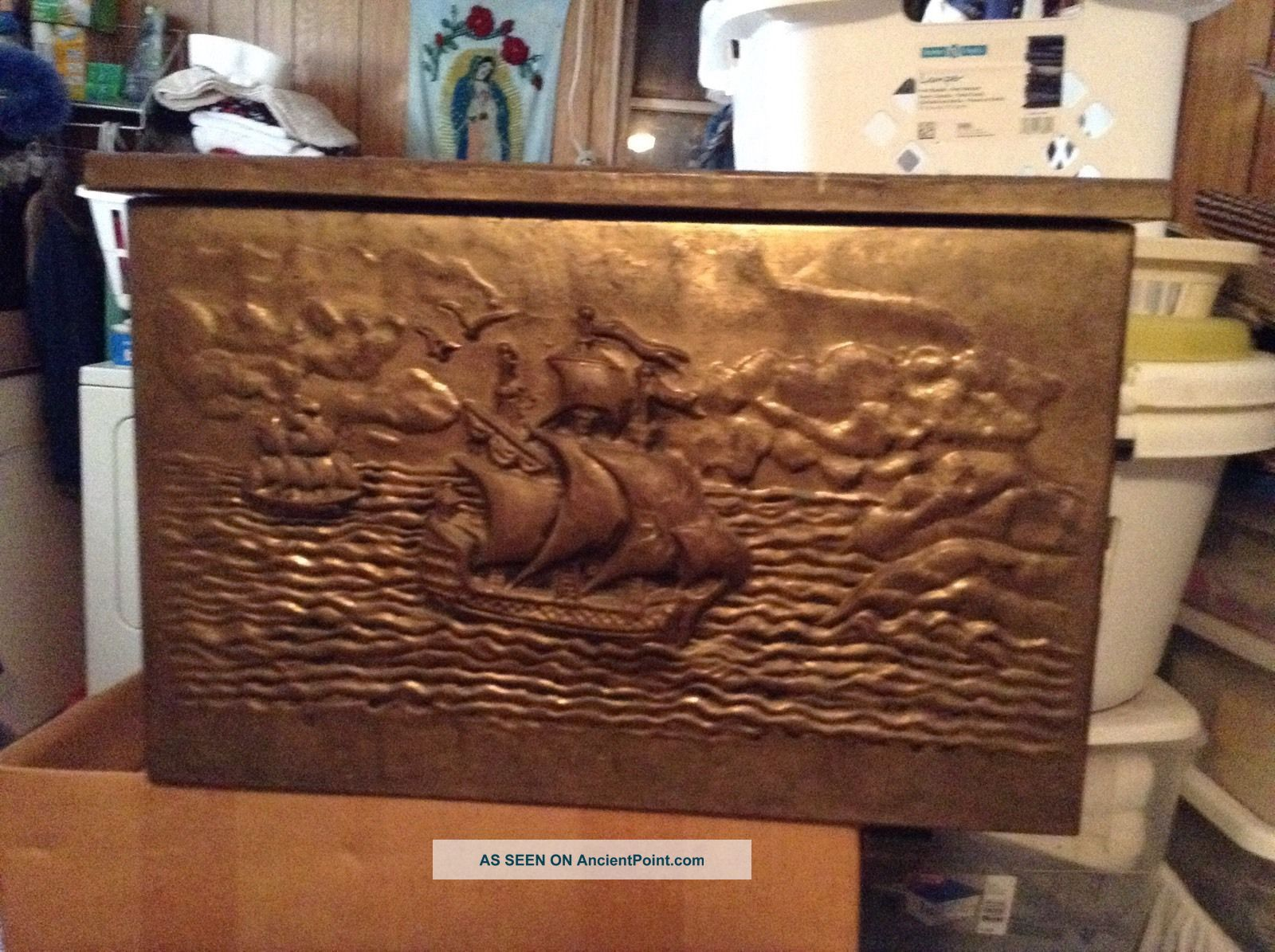 Antique Embossed Hammered Brass Trunk/chest - England 1800-1899 photo