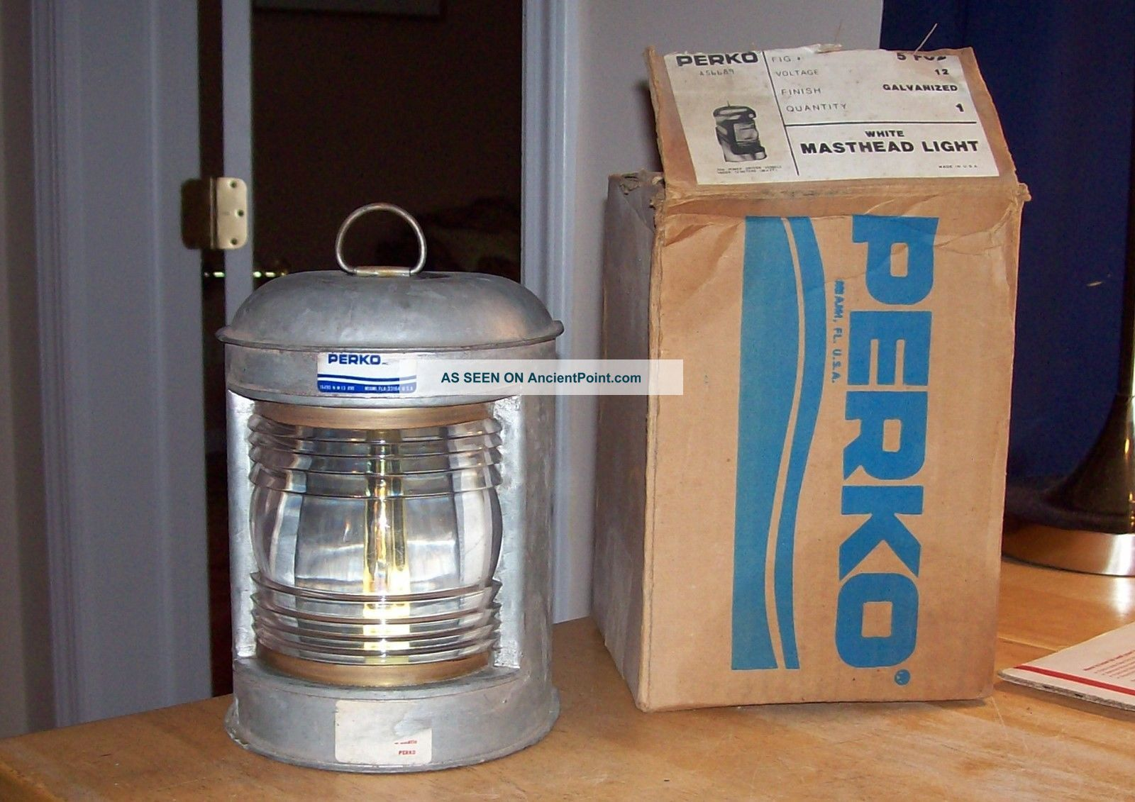 1970 ' S Perko Masthead Light No.  A56689 And Beauty Nos Lamps & Lighting photo
