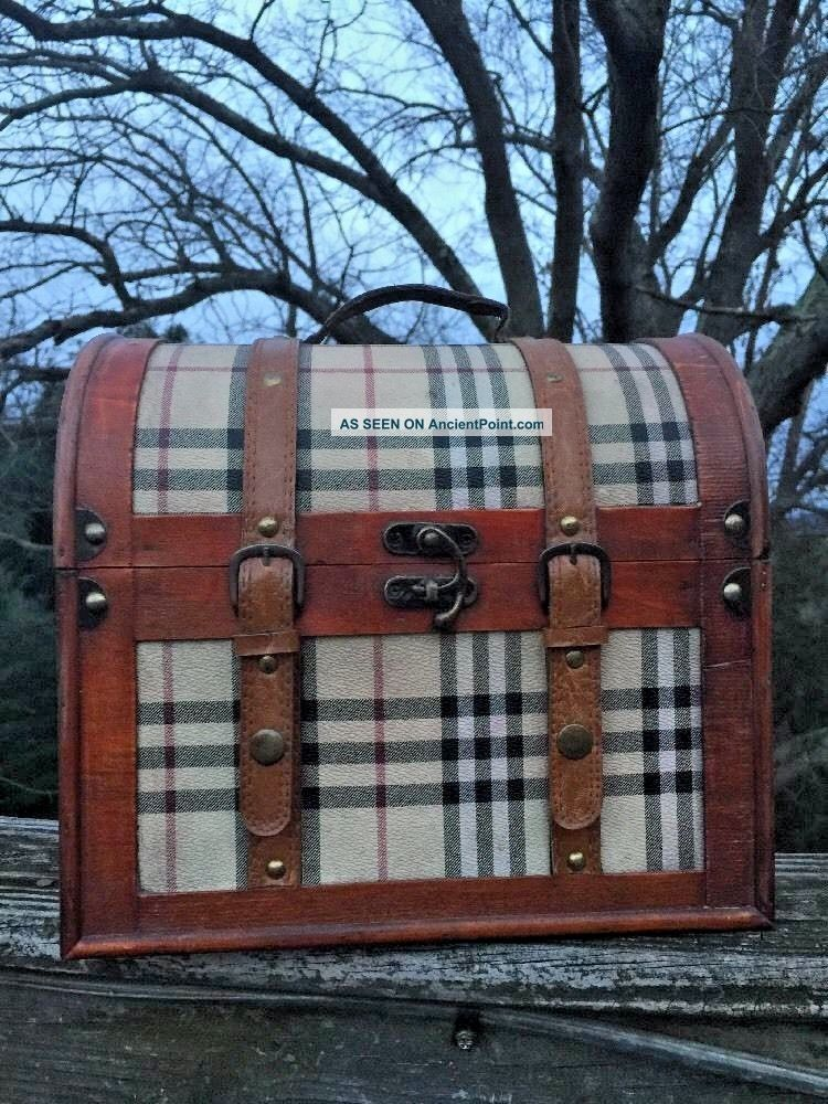 Antique Primitive Horse Saddle Burberry Plaid Round Top Treasure Chest Trunk Box 1800-1899 photo