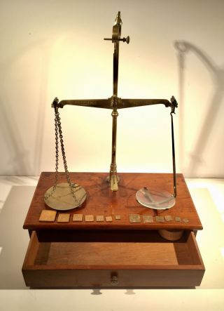 Antique Apothecary Chemist Balance Scales & Weights Travelling Box Philip Harris photo