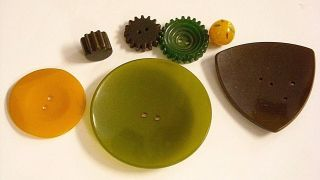7 Antique Bakelite (?) Buttons Incl 3 Gears Ball Shaped photo