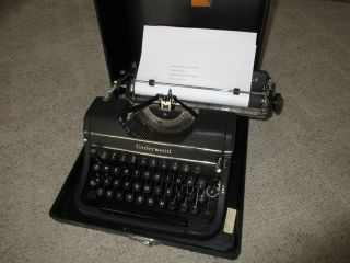 Vintage Underwood Universal Portable Typewrite With Case H105909 photo
