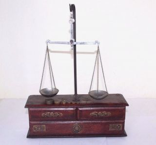 1900s Antique Goldsmith Jewelry Weight Balance Brass Scale With Wooden Box 506 photo