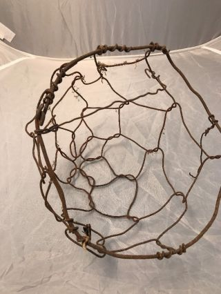 Primitive Country Farmhouse Metal Chicken Wire Egg Gathering Basket Patina Rust photo