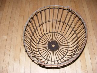 Antique Wire Basket Uncoated Vintage Primitive Egg Field Bail Hdl,  9 - 1/4