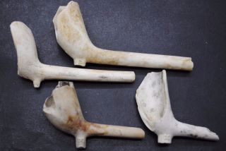 4 Post Medieval Clay Pipes With Makers Marks photo