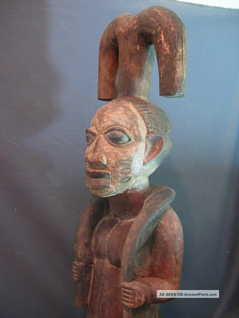 Exquiste Shango / Chango Male Shrine Figure,  Nigeria / Santeria. Sculptures & Statues photo