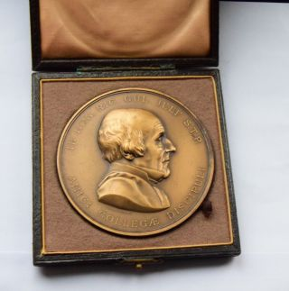 Medical King's College London Jelf Medal Gilt Bronze 75mm By J.  S & A.  B.  Wyon photo