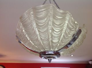 Glass & Chrome 1930s Art Deco Clam Shell Odeon Ceiling Light Shade photo