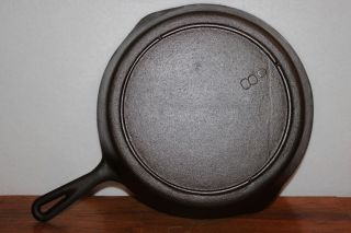 Perfect Vintage 1940 ' S - 1950 ' S Lodge No.  8 Cast Iron Skillet 3 Notch Heat Ring photo