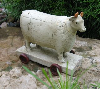 Cow Animal Pull Toy Statue Primitive/french Country Farmhouse Dairy Barn Decor photo