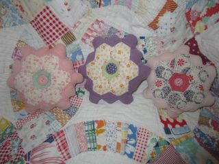 Handmade Vintage Quilt Grandmothers Flower Garden Shelf Tucks Ornies Primitives photo
