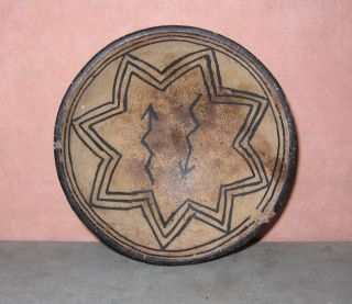 Antique Tesuque Pueblo Pottery Bowl W/8 Pointed Star & Lightening Arrows,  3.  75