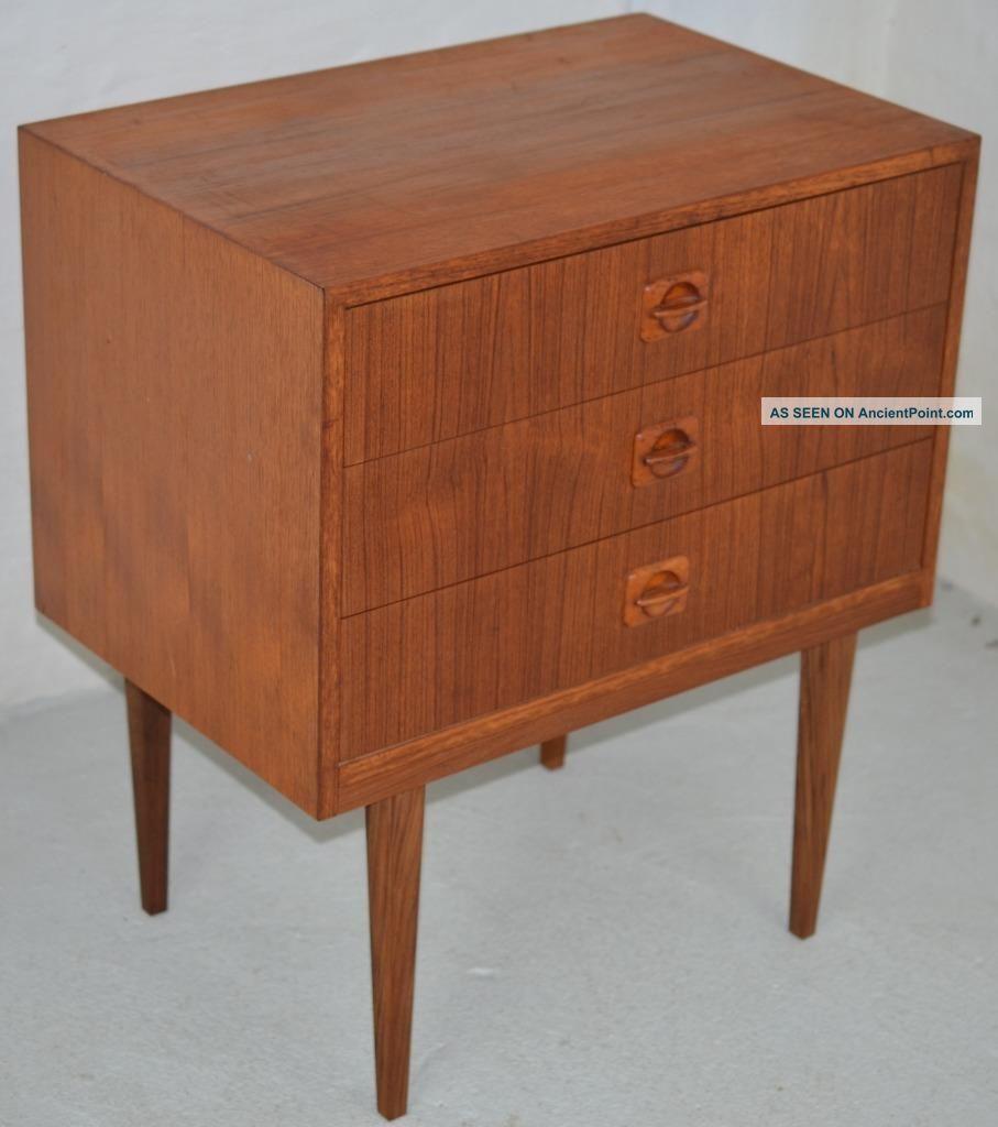 Modern Danish Design - Teak Chest Of Drawers - Wegner Era Post-1950 photo