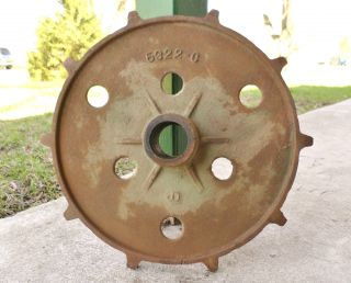 Antique Large Cast Iron John Deere Industrial Gear Sprocket Cog Farm Steampunk photo