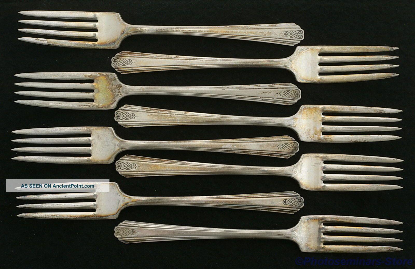 Moderne Silver Plated Vintage Dinner Forks (8)