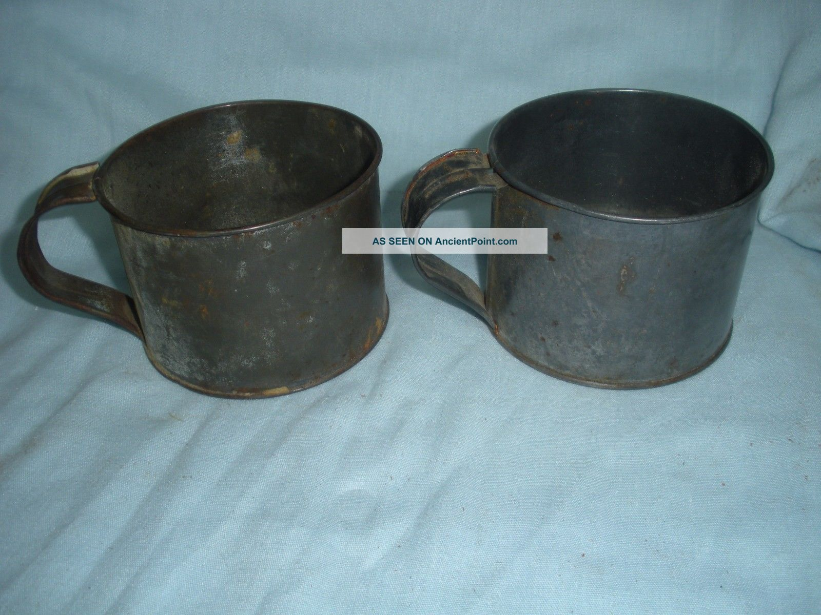 Vintage Antique Primitive Tin Drinking Cups With Handle Primitives photo