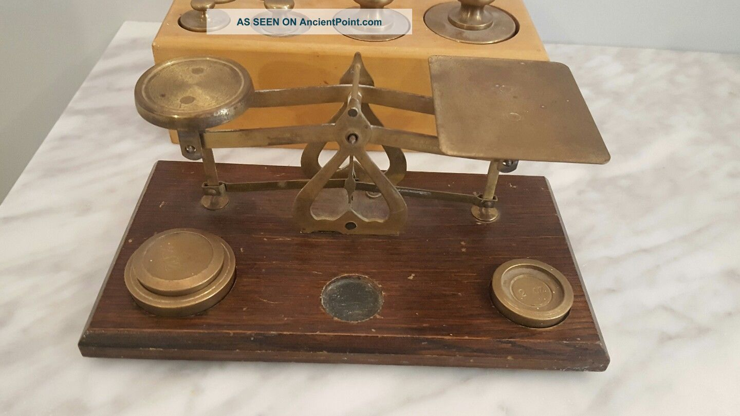 Vintage Postal Balance Scale Brass Wood With Weights - Made In England Scales photo