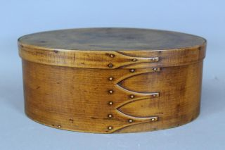 A Rare Large 19th C Enfield Ct Shaker Four Finger Oval Pantry Box In Cherry photo