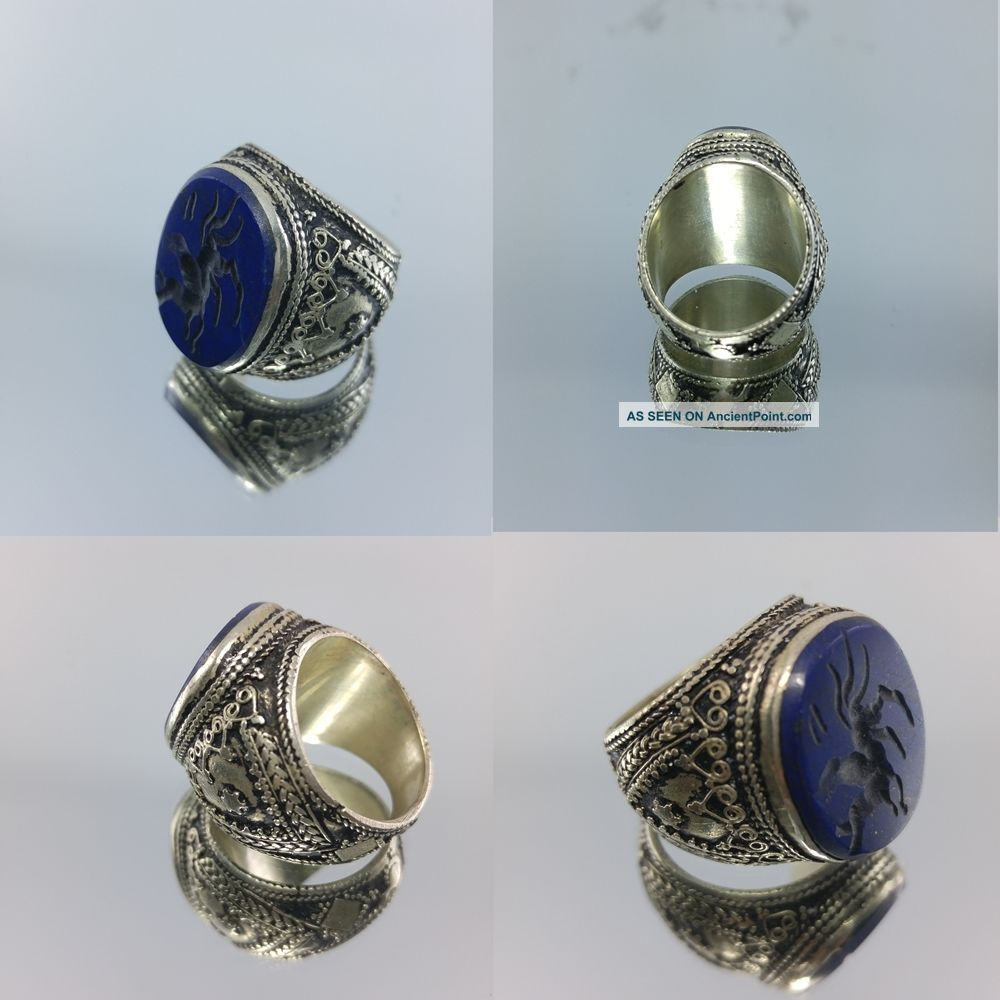 Medieval Islamic Old Men Ring With Engraved Antique Lapis Lazuli Stone Islamic photo