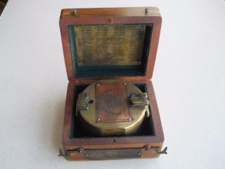 Thos.  J.  Evans Of London,  Makers To The Queen,  Vintage Brass Compass. photo