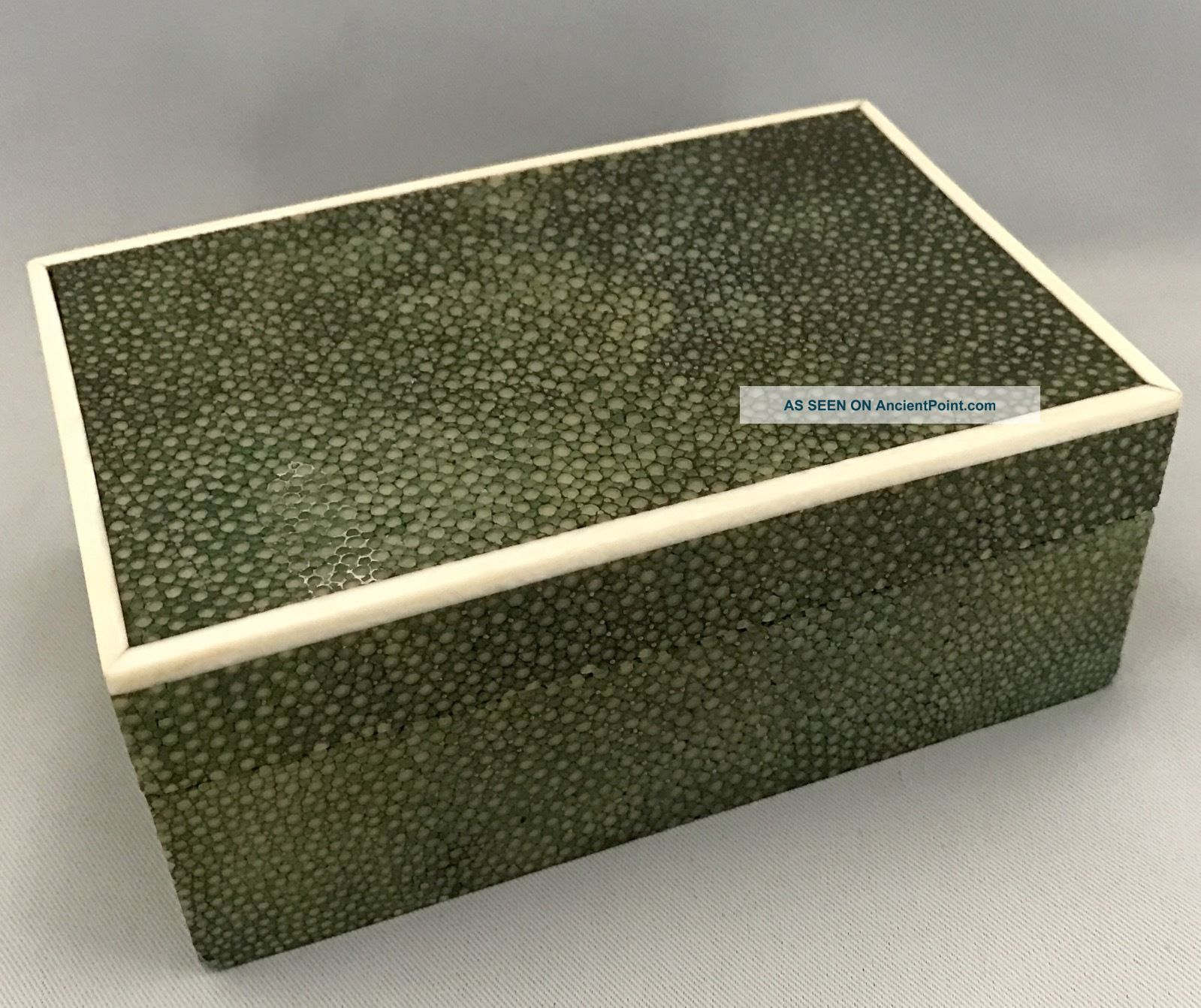 French Art Deco Period Shagreen Box With Inlaid Edges, Art Deco photo