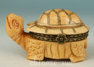 Asian Chinese Old Not Plastic Handmade Carving Tortoise Collect Statue Snuff Box photo