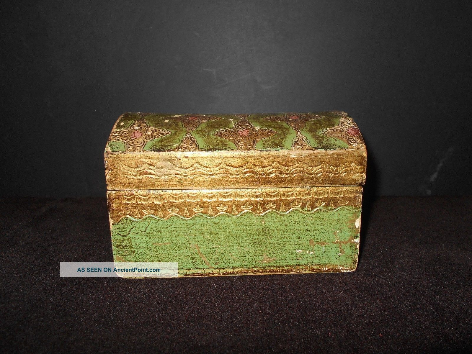 Vintage Italian Florentine Green & Gold Tole Domed Box Italy Distressed Toleware photo