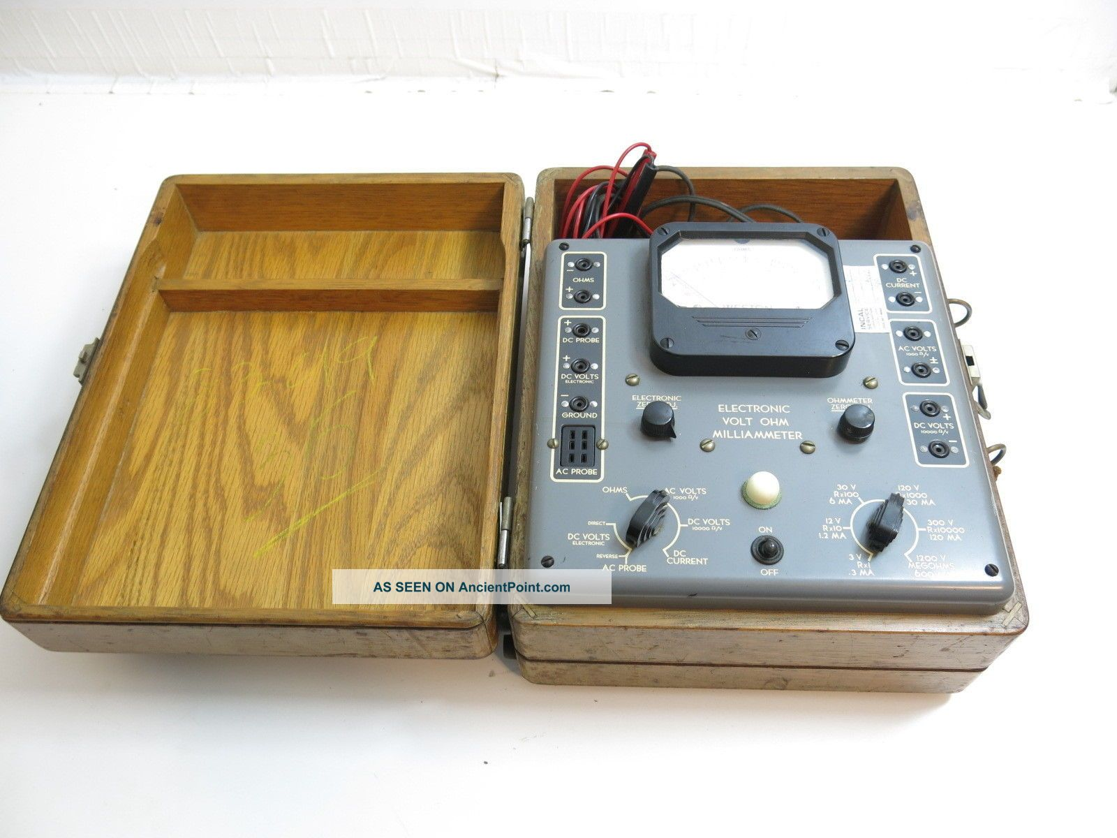 Antique / Vintage Weston Model 769 Electronic Volt Ohm Milliammeter Other Antique Science Equip photo