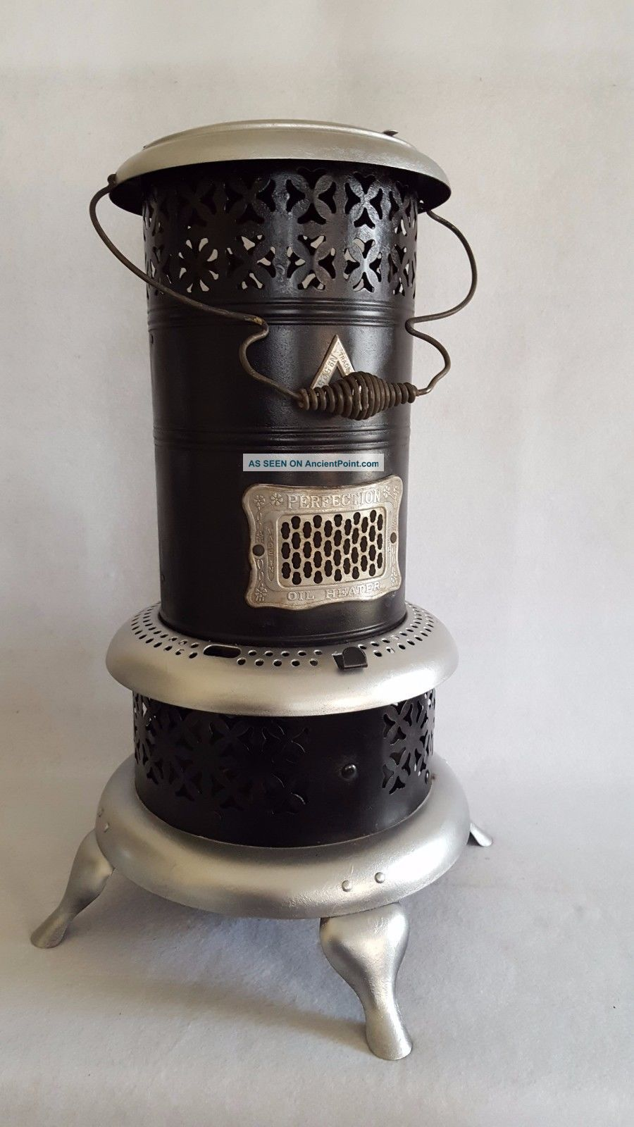 Antique Perfection Model 525 Kerosene/oil Heater - Complete Burner & Tank Stoves photo