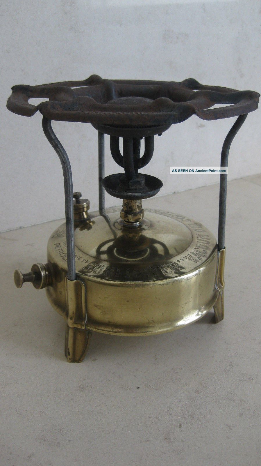 Kerosene Stove - Vacuum Oil Company Nº2 Made In Portugal Stoves photo