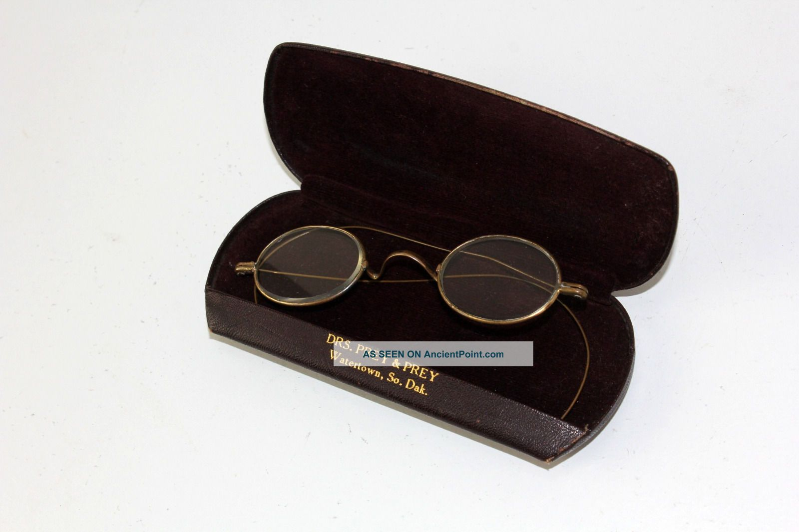 Antique Oval Eyeglasses Spectacles Brass Flextemples Watertown Sd Prey&prey Case Optical photo