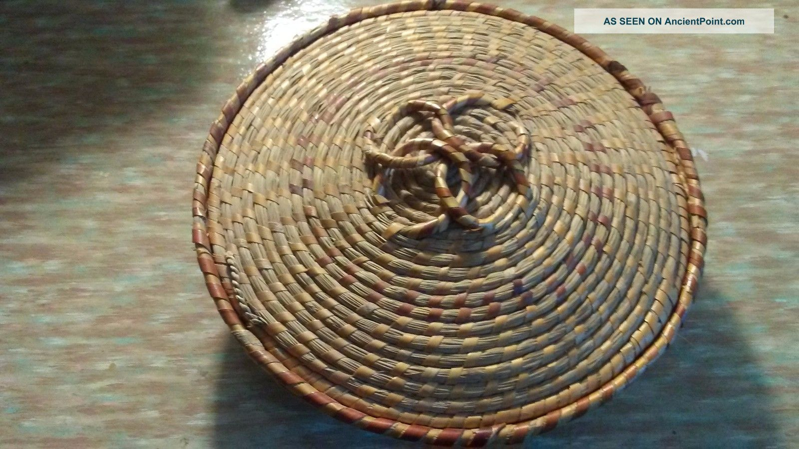 Cherokee Indian Primitive Sweet Grass Coil Basket With Lid Primitives photo