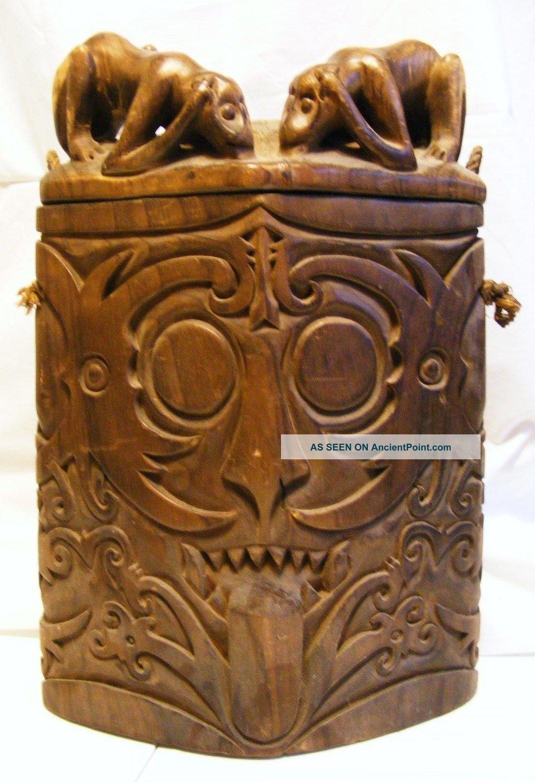 Antique Indonesian Dayak Borneo Box Chamber Statue Sculpture Borneo Pacific Islands & Oceania photo