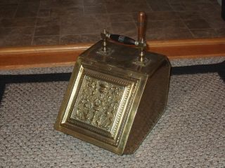 Antique Vtg Brass Wood Handle Coal Ash Bin Fireplace Fire Scuttle Box 1850 photo