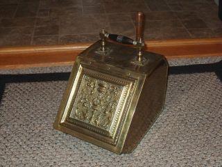 Antique Vtg Brass Wood Handle Coal Ash Bin Fireplace Fire Scuttle Box 1850 photo