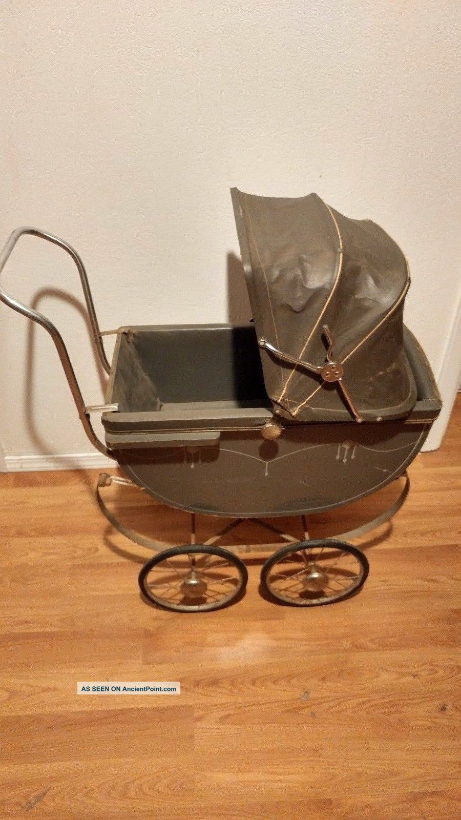 Vintage Mid - Century Baby Infant Carriage Buggy Stroller Pram Rare Baby Carriages & Buggies photo