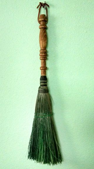 Vintage Wood Hearth Broom Handmade Green Straw Witch England Fireplace Usa photo