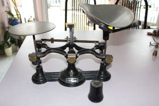 Henry Troemner 10 Lb.  No.  2 Cast Iron Counter Balance Scale Brass Scoop,  Weight photo