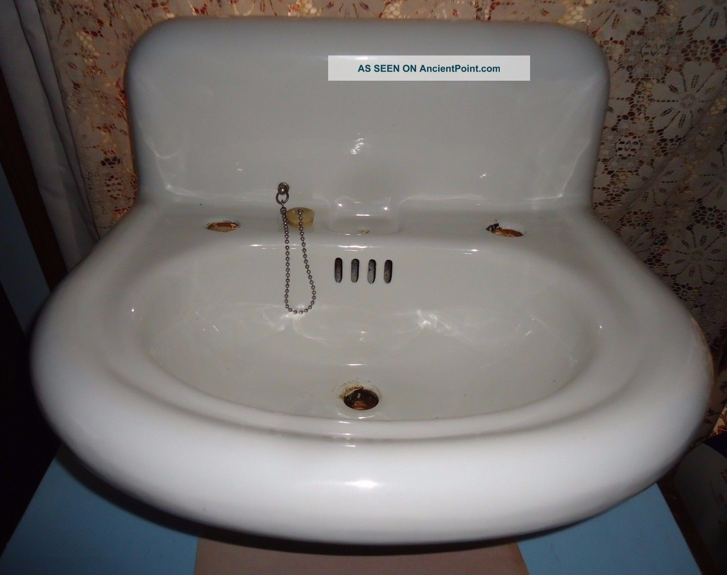 Antique Porcellain Sink,  S.  S.  M.  Co.  Embossed,  Porcellain Cast Iron Vanity Sink Sinks photo