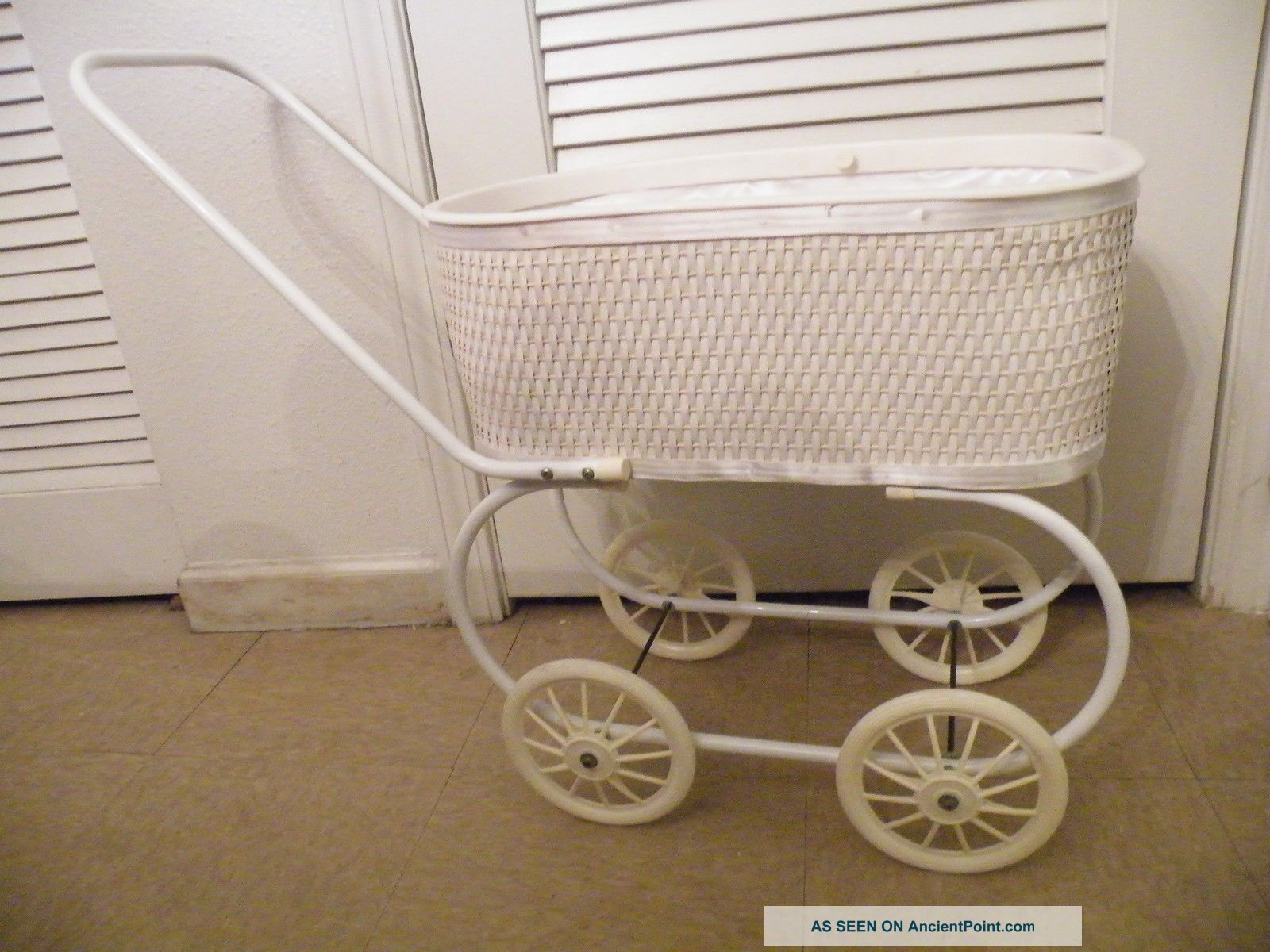 Antique Victorian Pram/stroller/buggy Doll Carriage Baby Carriages & Buggies photo