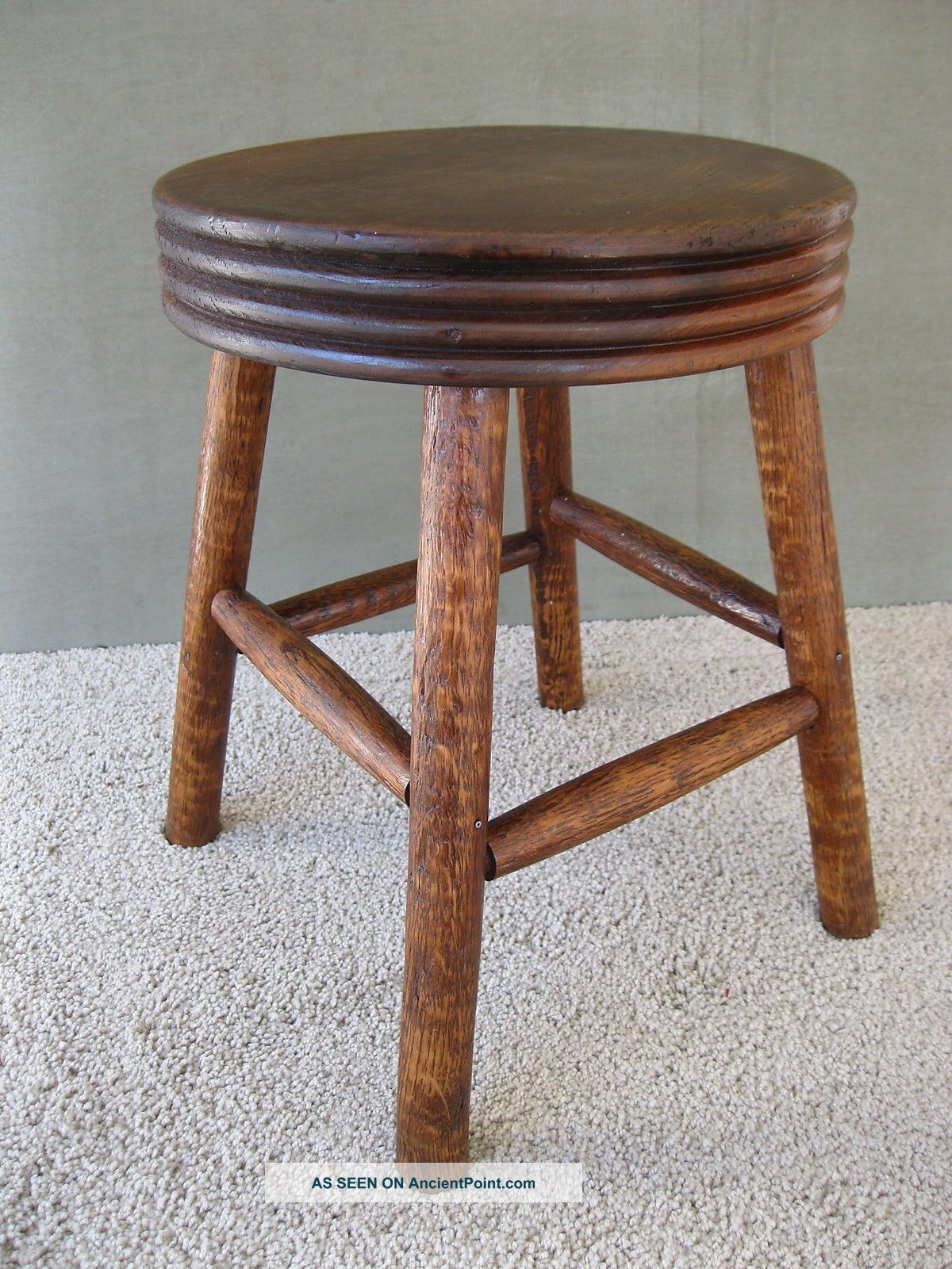 Antique Milking Stool Foot Bench Vintage Primitive Footstool,  Round,  Four Legs 1900-1950 photo