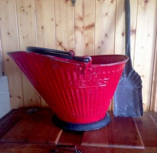 Antique Reeves Coal Ash Metal Scuttle Bucket Primitive 17 & Metal Ash Shovel photo