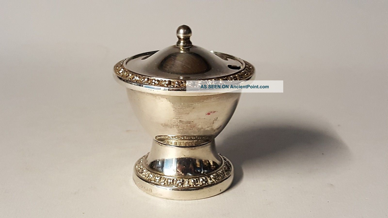 Silver Plate / Electroplate Vintage Art Deco Antique Mustard Pot Dishes & Coasters photo
