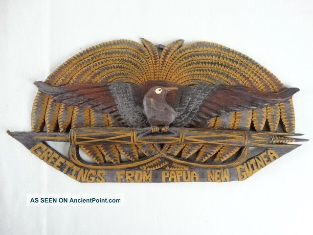 Vintage Hand Carved Papua Guinea Coat Of Arms Wall Hanging Png C1980 Pacific Islands & Oceania photo