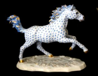Herend Galloping Blue Stallion Kingdom Classic 2000 Handpainted Made In Hungary photo