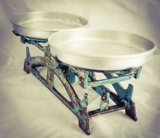 Antique Salgotarjan Weighing Balance Cast Iron Hungarian Vintage Kitchen Scales photo