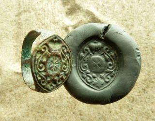 Post - Medieval Bronze Seal - Ring (555). photo